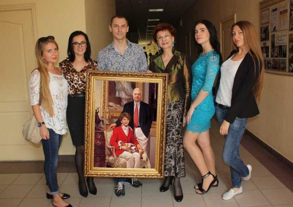 Подарок на день рождения Роксане Бабаян